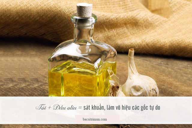 cách trị mụn bằng tỏi và dầu oliu