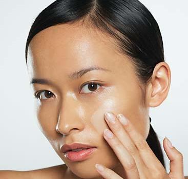 kem trị mụn hiệu quả nhất dành cho da nhờn