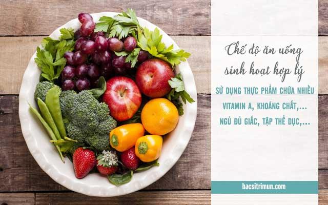 chế độ ăn uống sinh hoạt hợp lý để trị mụn không dùng thuốc