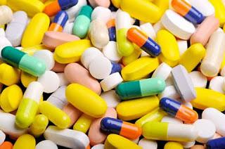 Dùng thuốc kháng sinh trị mụn bọc, mủ, nhọt đúng cách