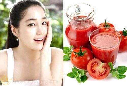 Mặt nạ trị mụn tự nhiên từ cà chua