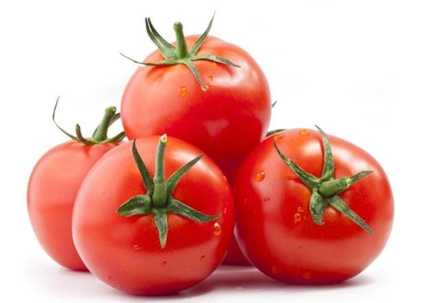 Cách trị sẹo mụn nhanh nhất bằng cà chua