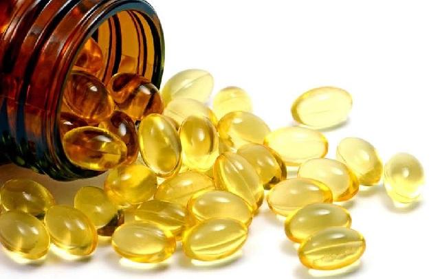 Cách làm mờ sẹo mụn bằng vitamin e