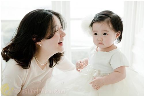 cách chăm sóc da cho mẹ bầu sau sinh