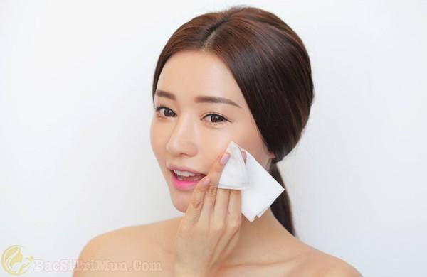 Lựa chọn thời điểm thích hợp để lấy nhân mụn ẩn dưới da
