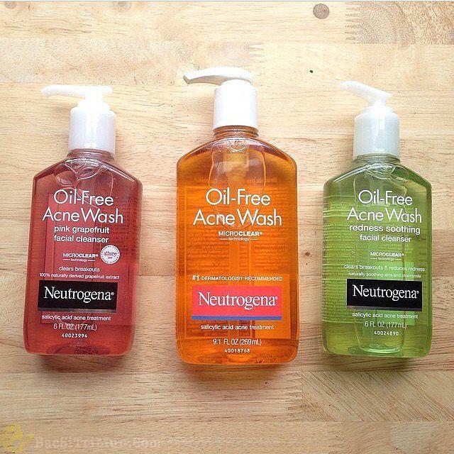 Mua sữa rửa mặt Neutrogena Oil Free Acne Wash tại các cửa hàng bán mỹ phẩm