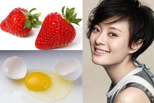 Dâu tây và trứng điều trị sẹo thâm hiệu quả