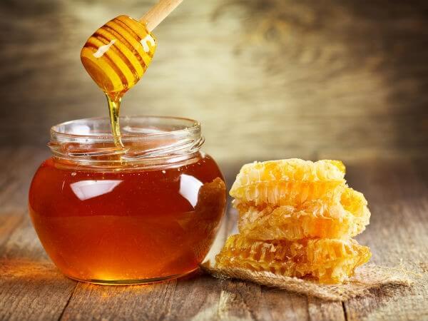 Cách trị thâm mụn bằng mật ong đơn giản nhất