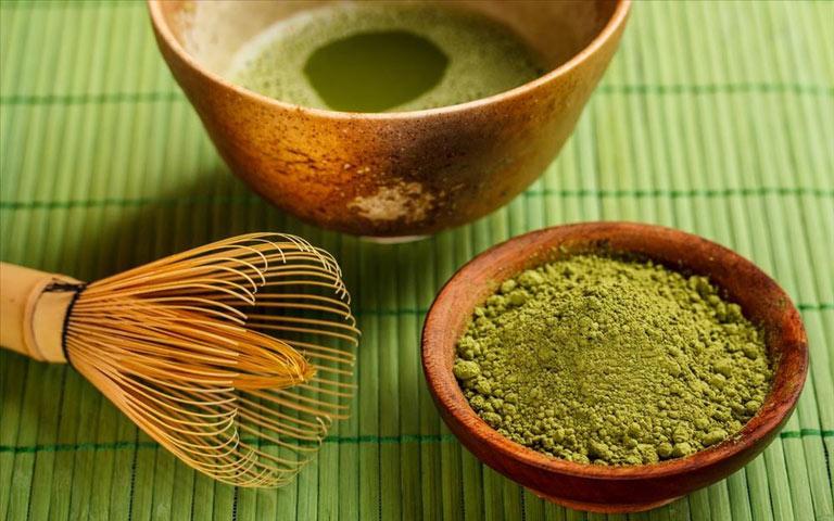 Cách trị mụn đơn giản bằng trà xanh