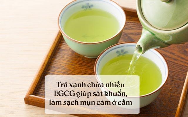 Cách chữa mụn cám ở cằm bằng trà xanh