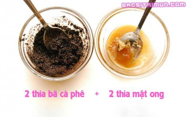 Dùng bã cà phê trị mụn trứng cá hiệu quả