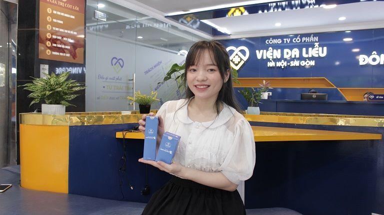 Nhờ kiên trì sử dụng Hoàn Nguyên kết hợp chăm sóc da cơ bản tại Viện Da liễu Hà Nội Sài Gòn Linh đã trị khỏi mụn thành công